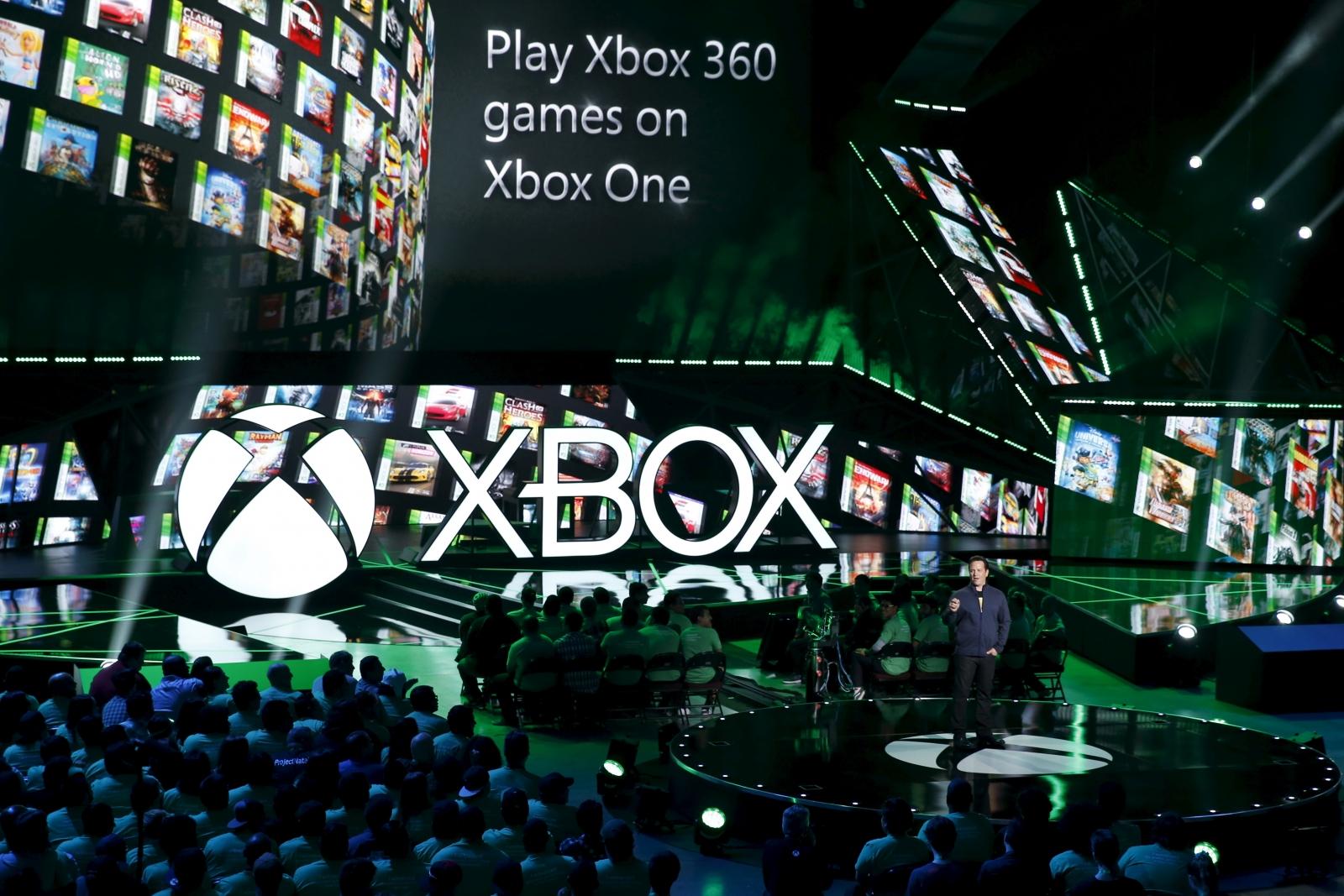 Microsoft выпустила обновление прошивки Xbox One, направленное на подготовку к внедрению интерфейса Windows 10