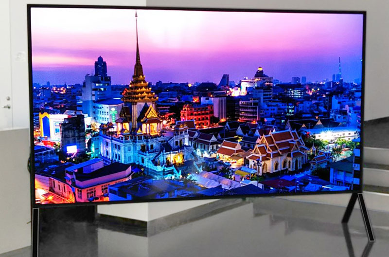 "Sharp-120""-8K-TV"