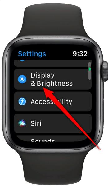 Apple Watch 5 экран и яркость